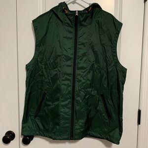 GAP men's sleeveless vest